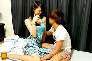 【盗撮】「若い子も可愛いわね…」身長170cm超えの熟女を連れ込んで隠し撮り