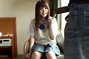 【個人撮影】宣材写真の撮影とホテルに連れ込まれる芸能界を夢見る少女