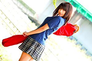 桜木郁 太陽なような笑顔と健康的なボディの部活美少女