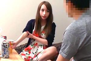 【素人ナンパ】可愛い20歳の巨乳女子大生を自宅に連れ込んで…