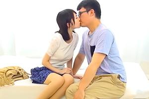 【一般男女モニタリング】とろけるようなキスで童貞を癒す美人妻