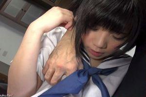 稲村ひかり・黒髪ショートJKを部屋に連れ込んでヤッたったwパイパンを手マンw