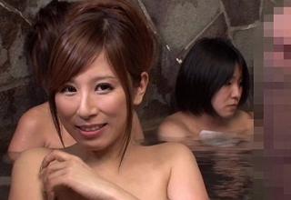【北山エリカ】混浴と勘違いして入浴してきた男のギンギンのチンコに興奮しちゃった巨乳お姉さんw