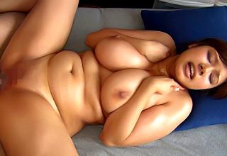 笹宮えれな SEX大好き!ガチ変態なヤリマンぽっちゃり女子