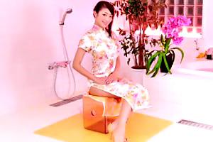 Hカップのチャイナドレス美女と本番ヤレる最高級の会員制ソープ!