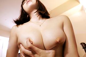 【ラグジュTV】陥没乳首が可愛い美尻・美人巨乳ナース(27)のSEX動画