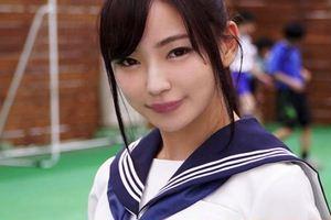 【村上りおな】セーラー服着衣の美少女JKが教室で3Pセクロスw