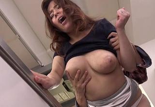 【三島奈津子】近所に住むオタクに寝取られちゃうむっちむちなIカップ爆乳奥様