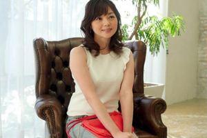岡野美由紀 | 女の性欲本番はアラフォーから!? 37歳人妻がお風呂でエロフェラw