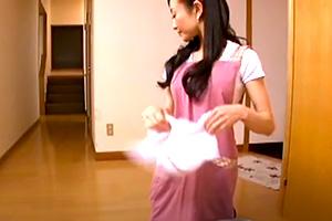 松田久美子 少年偏愛が止まらない熟女がうまそうに未成年のチンコをしゃぶる