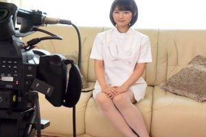 レビュー評価、激高女優・夏川あかり のデビュー作w清純な感じもありつつエロさも秘めているw