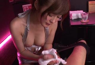 【石原莉奈】網タイツの激エロピンサロ嬢の濃厚ディープキスと悶絶手コキ!