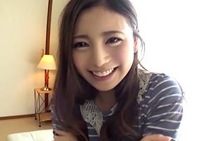 【素人】パンティ素股で変な気分になった上玉女子大生にすかさず挿入!