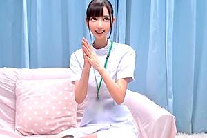 【マジックミラー号】可愛くて優しい現役ナースが中出し射精治療!