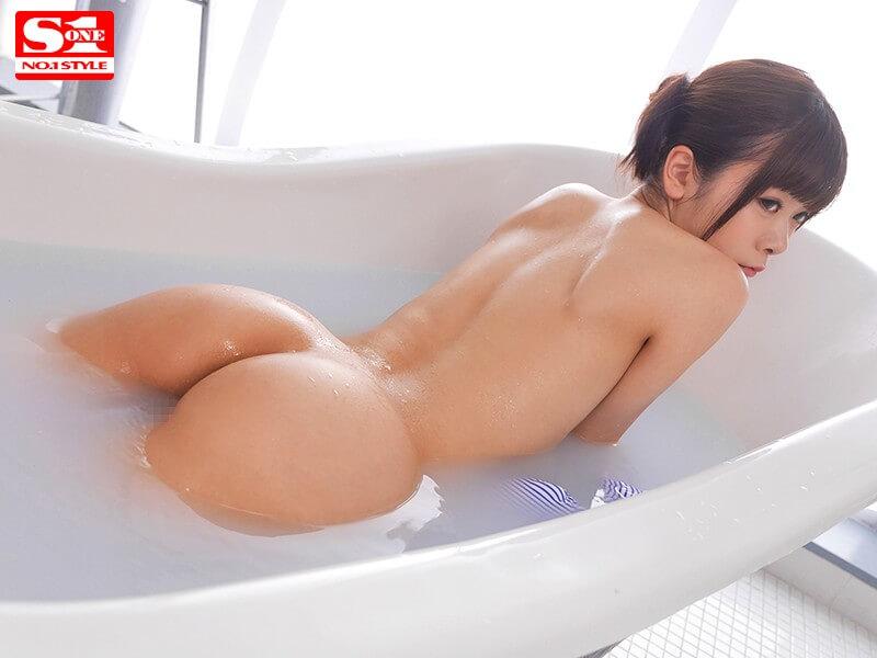 奇跡のスレンダー女神BODY 現役グラドル水原乃亜AVデビュー