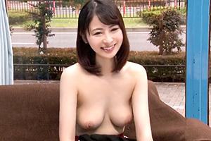 【マジックミラー号】美乳セレブ奥様、乳首マッサージでガチイキ!