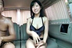 【素人ナンパ】ノリの良いGカップビキニギャルとカーセックス!