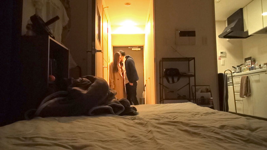 百戦錬磨のナンパ師のヤリ部屋で、連れ込みSEX隠し撮り 049