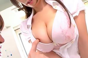 篠田あゆみ 巨乳女教師が補習なのに誘惑してくるんだがwww
