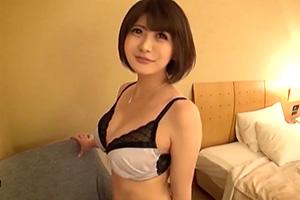 【素人】Hカップ巨乳の可愛らしい人妻をナンパしてハメ撮り