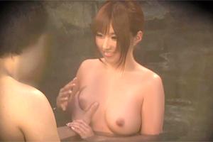 【盗撮】成瀬心美 AV女優がタオル一枚で男湯に入ってみた結果…