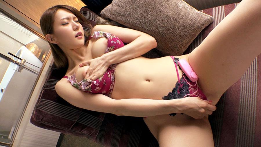 【ラグジュTV】ボン・キュッ・ボンのスレンダーパイパン爆乳美女とのSEX動画