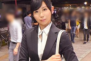 【ナンパ】イケメンの押しに弱いスーツ姿の美人OL(20)とのSEX動画