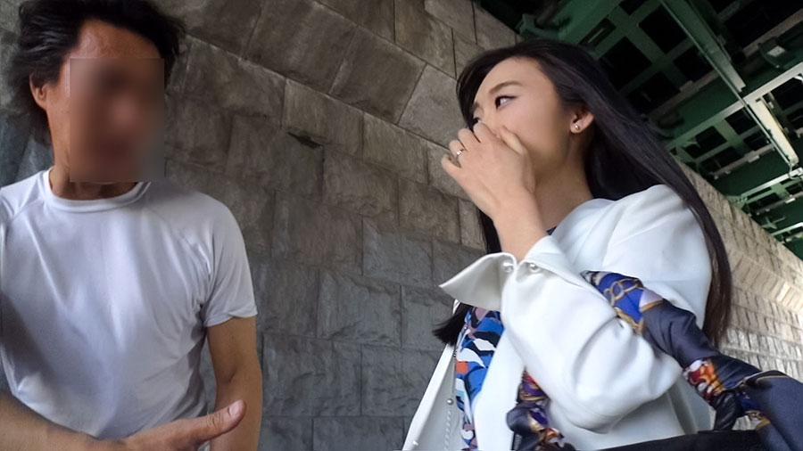 【セレブ妻】AV男優の巨根に心から喜ぶ昼顔セレブ妻(29)との中出しSEX動画