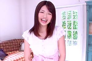 茜あずさ Gカップ巨乳のマシュマロボディ美女のAVデビュー作