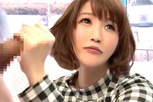 【マジックミラー号】八重歯がカワイイ美容師がデカチンにベタ惚れ!
