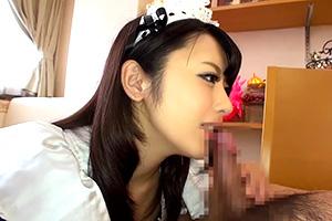 桜井あゆ コスプレ美少女のフェラ動画。吸って、舐めて、転がして…