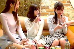 【素人 ハメ撮り】全員が主役級に可愛い女子大生とコンパで盛り上がって王様ゲーム!