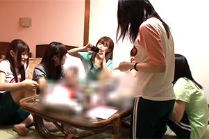 【JK】修学旅行で酔ってバカ騒ぎした女子がハメを外して男子とヤリまくる!