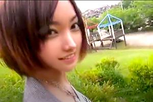 安藤ユイ 身長170cm、スタイル抜群の現役読者モデルがAVデビュー!