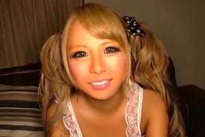 相葉レイカ 黒ギャルの褐色肌が真っ白!ぶっかけ大乱交SEX