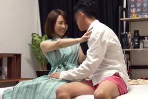 【ナンパTV】チ○ポのしごき方が絶品の隠れ巨乳美容部員(22)とのSEX動画