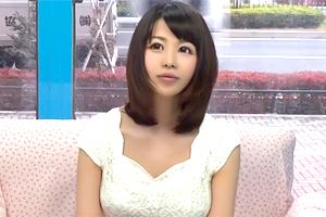 【マジックミラー号】母性とフェロモンが溢れ出す巨乳人妻と童貞卒業へ!