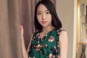 【シロウトTV】伊豆温泉宿の美人巨乳中居さん(27)とのハメ撮りSEX動画
