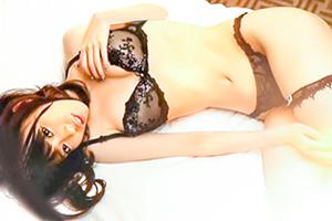 川菜美鈴 ランジェリー姿のスレンダー美女と濃厚生中出しSEX