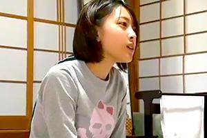 【JK 巨乳】修学旅行でショートカットが可愛いクラスの女子と有料チャンネルの鑑賞!