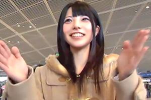 上原亜衣 世界最大級のメガチ○ポを求めて渡米する美少女