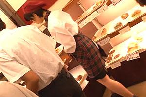 紗倉まな パン屋で働く美乳、美尻店員を一人店番中にレイプ!