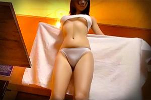 【盗撮】腰から太もものムチムチ感が男を虜にする巨乳美女を媚薬マッサージ!