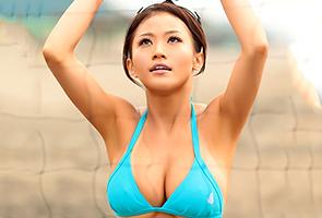 【人妻】地方大会でMVPに輝いた巨乳ビーチバレー選手のAVデビュー作