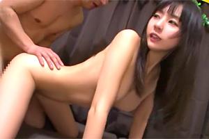 つぼみ 日本が世界に誇る童顔天使と素人男性が本気の中出しセックス!