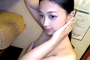 川崎舞莉 色気あるいい女。キャリア系OLと密会温泉旅行