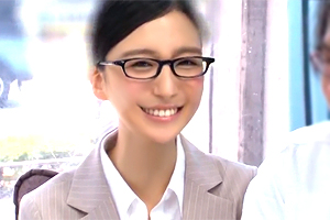 古川いおり 人気AV女優がガチファンとマジックミラー号でエッチな感謝祭!