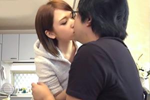 椎名そら 友達の彼氏をこっそり誘惑して調教するドS痴女美少女