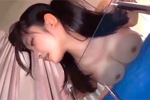 宮崎あや 「まだ出す気なの!?」巨乳妹をテーブルに押し付けて連続ナマ中出し!