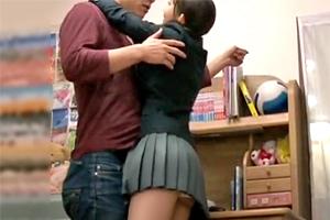 大好きな家庭教師を誘惑する教え子JKと保護者に隠れてドキドキSEX!